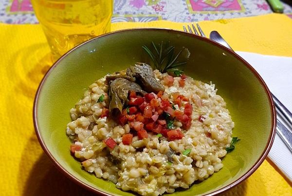 Alimentazione Cuore circolazione e malattie del sangue Fegato  Primi Orzotto ai carciofi e ricotta salata con speck croccante